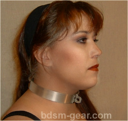 Metal bdsm bondage collar