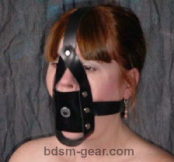 leather training post gag with head harness for bdsm fetish gothic gorean submissive and slave bondage