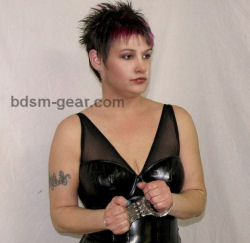 metal police handcuffs for bdsm fetish gothic gorean submissive and slave bondage